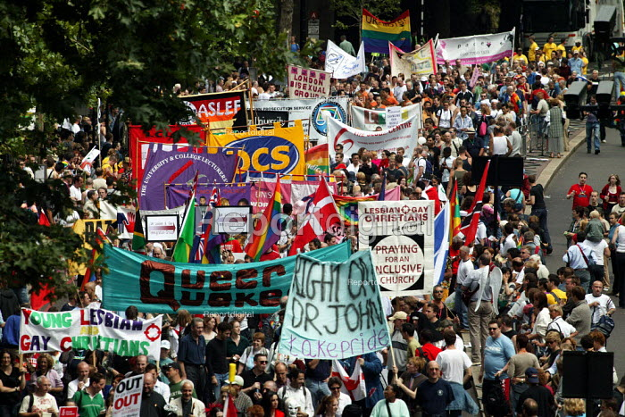 Religious and trade union banners join London Gay Pride 2003.. - Jess Hurd - 2003-07-26