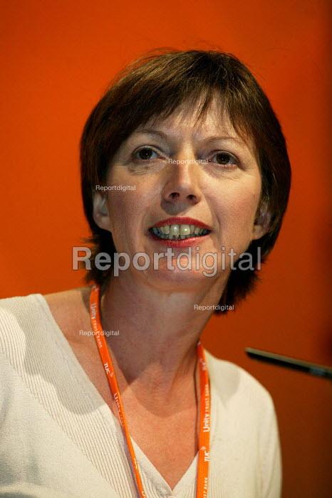 Frances O'Grady speaking at the TUC Congress 2003. - Jess Hurd - 2003-09-09