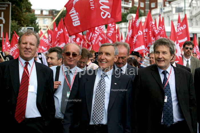 George Brumwell, Tony Woodley and Derek Simpson AMICUS, TGWU, MSF and UCATT join the Unions for Manufacturing march on Labour Party Conference 2003. - Jess Hurd - 2003-09-28