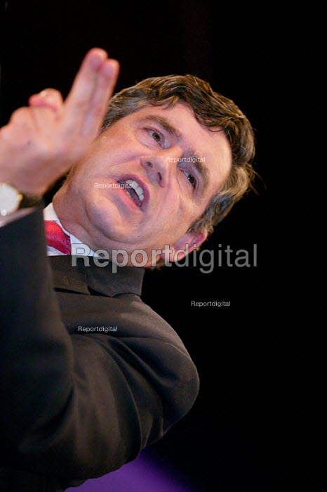 Gordon Brown MP speaks at Labour Party Conference 2003. - Jess Hurd - 2003-09-28
