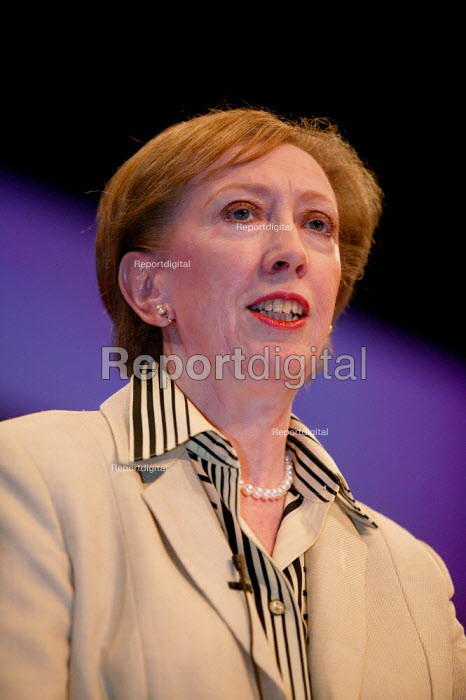 Margaret Beckett MP speaks at Labour Party Conference 2003. - Jess Hurd - 2003-09-28