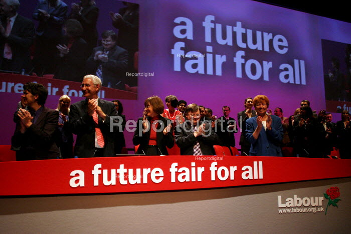 Prime Minister Tony Blair gets a standing ovation at Labour Party Conference 2003. - Jess Hurd - 2003-09-30