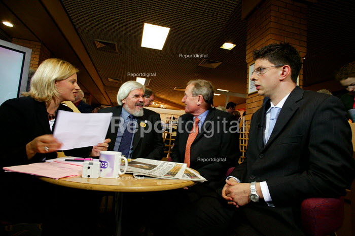 Paul Mackney NATFHE gives a TV news interview alongside a student about university fees at Labour Party Conference 2003. - Jess Hurd - 2003-09-28