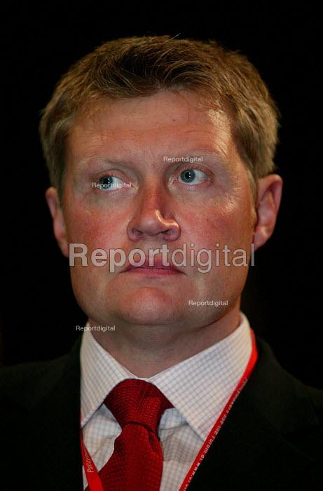 John Keggie CWU at Labour Party Conference 2003. - Jess Hurd - 2003-09-30