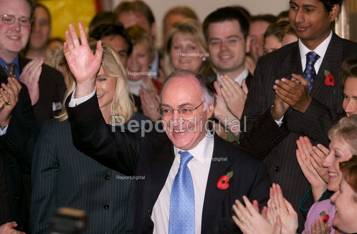Michael Howard MP is crowned the new leader of the Conservative Party. Wandsworth. - Jess Hurd - 2003-11-06