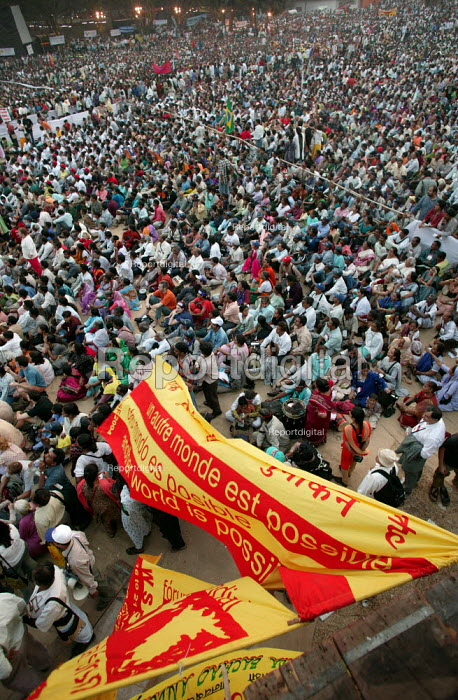 The opening rally of the World Social Forum, Mumbai, India. The banner reads Another World is Possible. - Jess Hurd - 2004-01-16