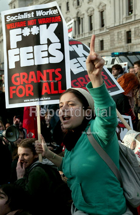 Student lobby of Parliament against university top-up fees. - Jess Hurd - 2004-01-27