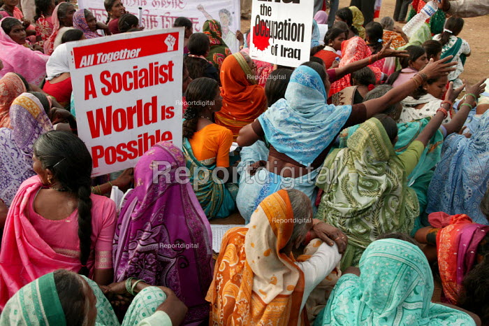 Another World is Possible. World Social Forum, Mumbai, India. - Jess Hurd - 2004-01-23