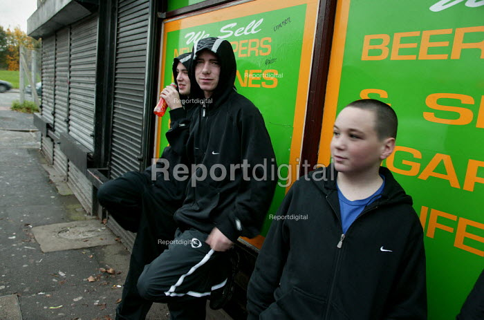 Young lads from Lower Broughton. Youth feel they are being stoppd unfairly in the street by the police when they are wearing a hood. City of Salford. - Jess Hurd - 2004-11-08