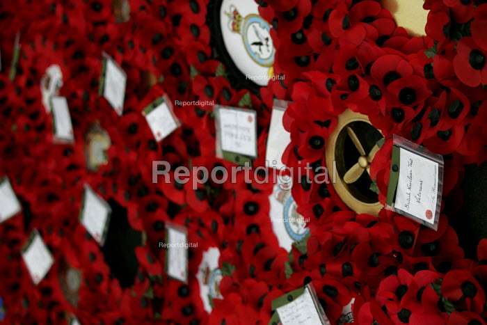 Wreath of Remembrance for the British Nuclear Test Veterans laid by the British Nuclear Tests Victims Association (BNTVA) at the Cenotaph for Remembrance Sunday. Whitehall, London. - Jess Hurd - 2004-11-17