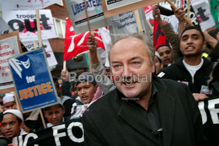 George Galloway RESPECT MP joins a Stop the War demonstration calling for an end to the occupation of Iraq, Tower Hamlets, East London. - Jess Hurd - 2004-11-27