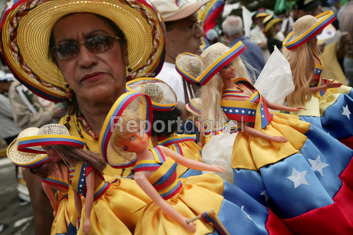 Opposition march organised against the government of President Hugo Chavez. Caracas, Bolivarian Republic of Venezuela. - Jess Hurd - 2006-01-22