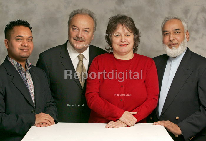Respect candidates selected to contest East london parliamentary seats in the 2005 General Election. From left to right: Oliur Rahman, George Galloway MP, Lindsey German and Abdul Khaliq. - Jess Hurd - 2005-01-09