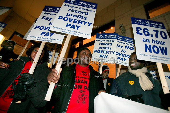 Morgan Stanley Cleaners at Canary Wharf campaign for a living wage of �6.70 an hour at backed by the TGWU Union. Docklands, East london. - Jess Hurd - 2005-02-23