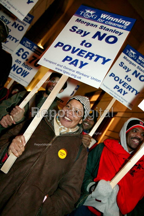 Morgan Stanley Cleaners at Canary Wharf campaign for a living wage of �6.70 an hour at backed by the TGWU Union, Docklands, East london. - Jess Hurd - 2005-02-23