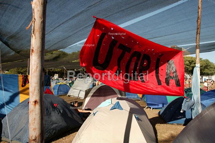 Utopian banner at the Youth Camp. World Social Forum, Porto Alegre Brazil. - Jess Hurd - 2005-01-24
