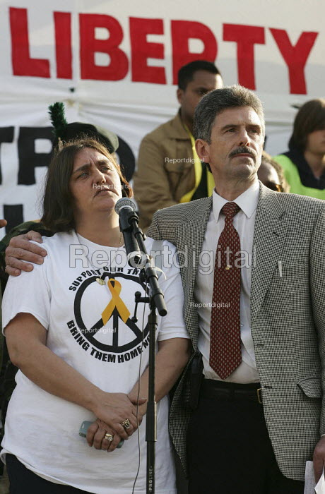 Rose Gentle, mother of Gordon Gentle who was killed in Iraq stands with Reg Keys at the Stop the War Coalition Bring the troops Home demonstration calling for an end to the occupation of Iraq. Supported by CND and MAB. London. - Jess Hurd - 2005-03-19