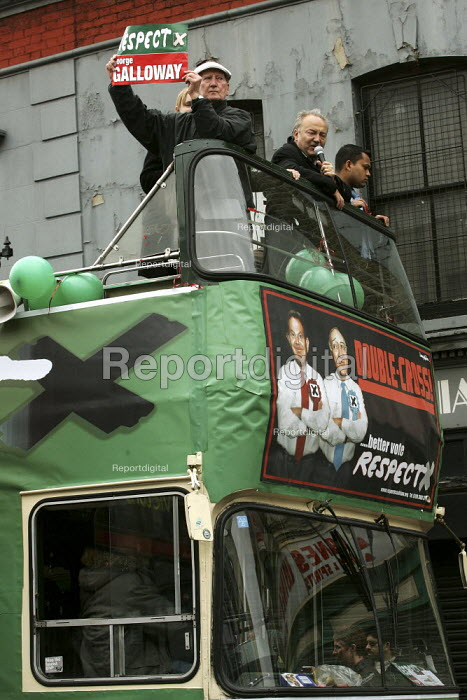 George Galloway Respect MP on the respect election battle bus, East London. - Jess Hurd - 2005-04-23