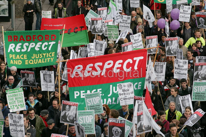 Demonstration Against Climate change. The London Demo is part of the International Day of Climate Protest planned around the world. - Jess Hurd - 2005-12-04