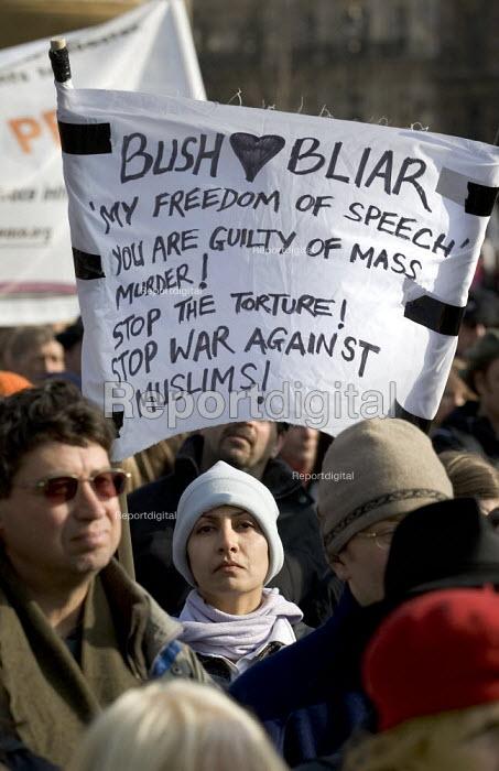 Stop the War Coalition demonstration, Trafalgar Square, London. - Jess Hurd - 2006-03-18