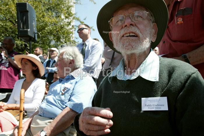 Paddy Cochrane International Brigade veteran on the 70th anniversary joins the annual commemoration of the Spanish Civil War. , London. - Jess Hurd - 2006-07-15