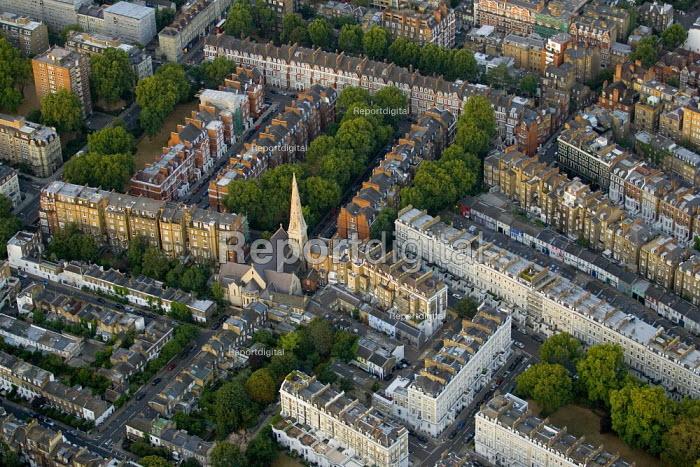 Dense housing in South West London. Views from a hot air balloon. - Jess Hurd - 2006-08-08