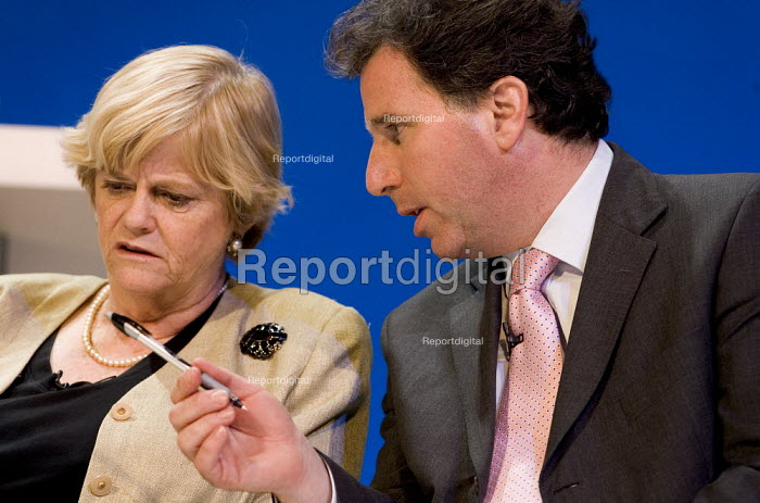 Ann Widdecombe and Oliver Letwin MP at Conservative Party Conference 2006 - Jess Hurd - 2006-10-03
