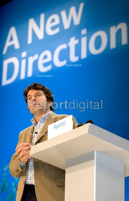 George Monbiot Guardian journalist and environmental activist addresses Conservative Party Conference 2006 - Jess Hurd - 2006-10-04