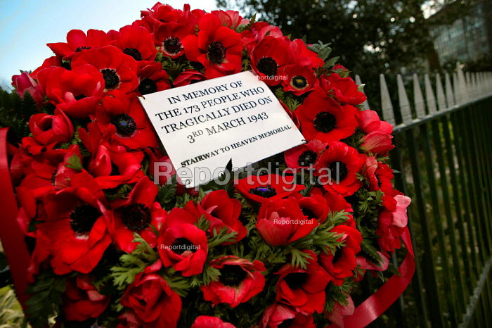 Wreath laid at Bethnal Green tube station in memory of the 173 people who died trying to enter the tube's bomb shelter on 3rd march 1943. It the deadliest civilian incident of World War Two. East London. - Jess Hurd - 2007-03-03