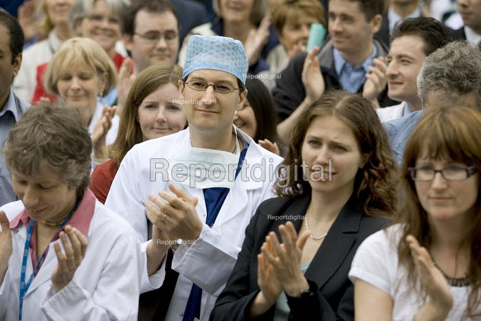 Doctors NHS staff rally outside Parliament to protest against reforms to their medical training which they claim will result in thousands of doctors being trained with no job to await them. - Jess Hurd - 2007-04-24