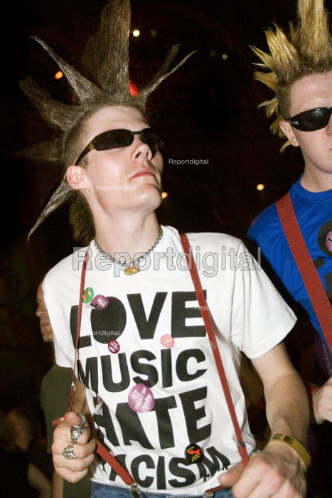Punks celebrating 30 years of Rock Against Racism. Love Music Hate Racism Gig. Spice Festival. Hackney Empire, London. - Jess Hurd - 2007-07-19