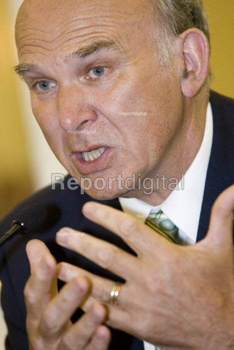 Dr Vince Cable MP, Liberal Democrat Party Conference, Brighton. - Jess Hurd - 2007-09-17
