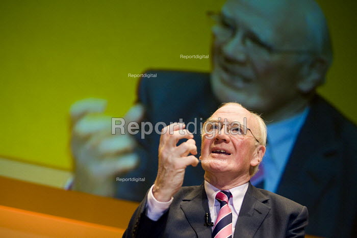 Menzies Campbell MP, Liberal Democrat Party Conference, Brighton. - Jess Hurd - 2007-09-17