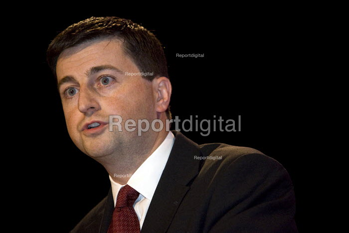 Douglas Alexander MP. Labour Party Conference, Bournemouth. - Jess Hurd - 2007-09-25