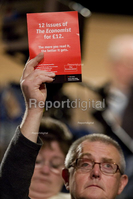 Delegate votes with an Economist magazine offer. Labour Party Conference, Bournemouth 2007. - Jess Hurd - 2007-09-27