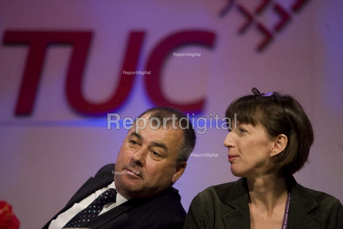 Brendan Barber and Frances O'Grady, TUC Conference, Brighton 2007. - Jess Hurd - 2007-09-13