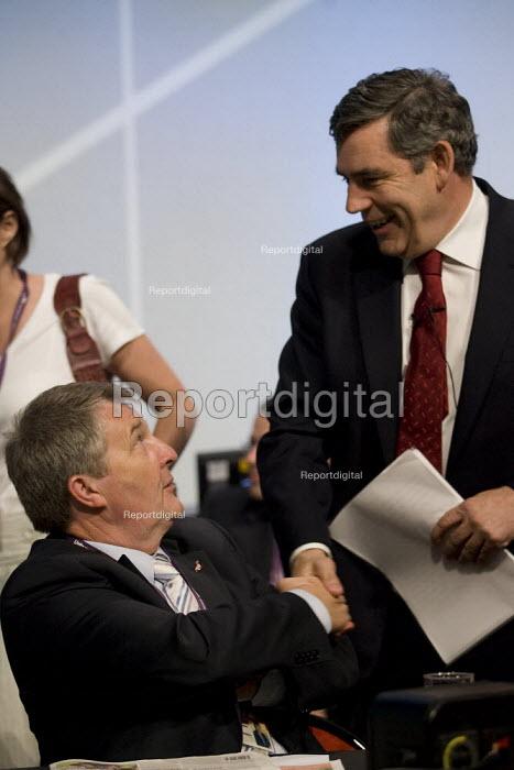 Prime Minister Gordon Brown greets Unite, Amicus section Gen Sec Dereck Simpson. TUC, Brighton. - Jess Hurd - 2007-09-10