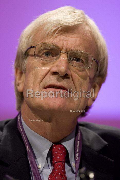 Richard Lambert, Director General CBI, TUC Conference 2007, Brighton. - Jess Hurd - 2007-09-11