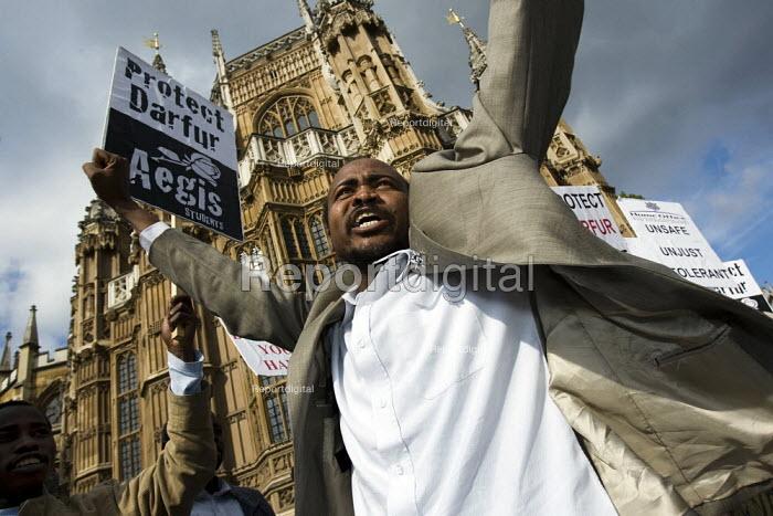 Darfur Asylum Rally, Westminster. - Jess Hurd - 2007-10-04