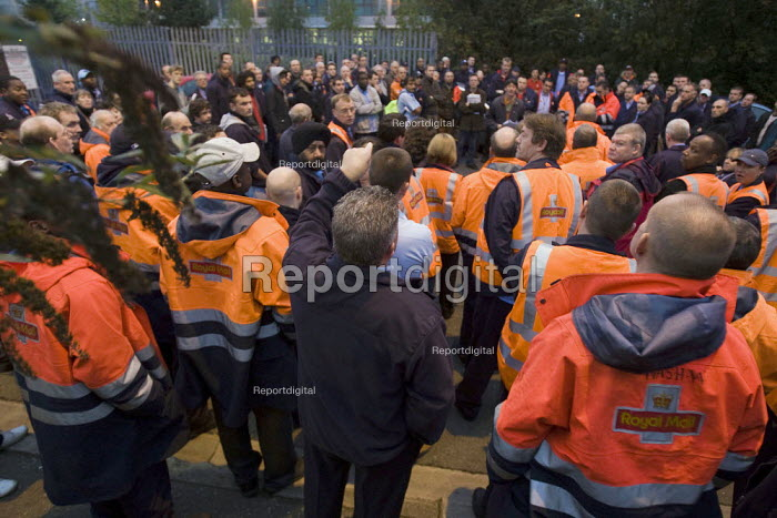 Mass meeting of CWU postal workers taking unofficial strike action over start times in a general dispute over, pay, pensions and job losses. East London Royal Mail Distribution Centre, Tower Hamlets. London. - Jess Hurd - 2007-10-13