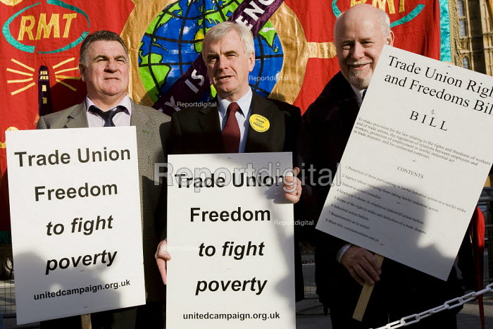 John McDonald MP joins demonstration to support the Trade Union Freedom Bill, Westminster, London. - Jess Hurd - 2007-10-18