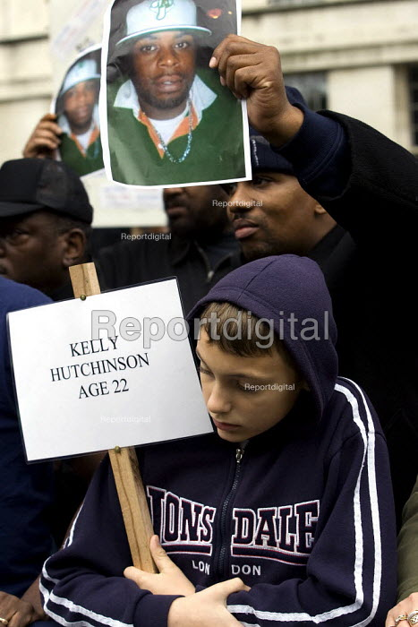 Justice for Kelly Hutchingson. United Friends and Family Campaign against deaths in police custody. London. - Jess Hurd - 2007-10-27