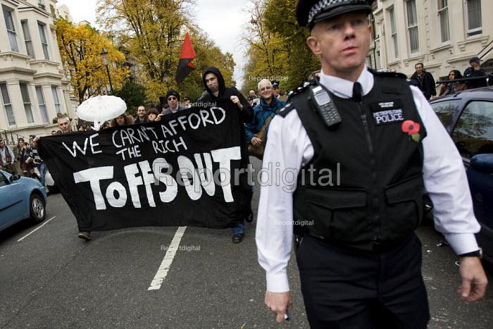 Bash The rich, Class War demonstration, Notting hill. London. - Jess Hurd - 2007-11-03