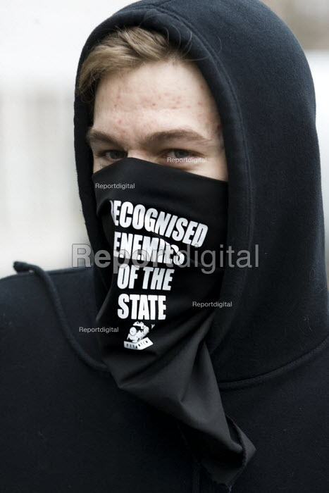 Anarchist at a police protest over pay and for a judicial review of its decision not to backdate officers pay awards. London. - Jess Hurd - 2008-01-23