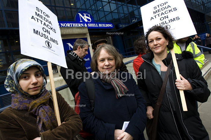 Protest against racist coverage of Muslims and immigrants at The Daily Express offices. Called by Stop the War Coalition, �Media Workers Against the War, �Stop the War Muslim Activists Network and the British Muslim Initiative. London. - Jess Hurd - 2008-02-21
