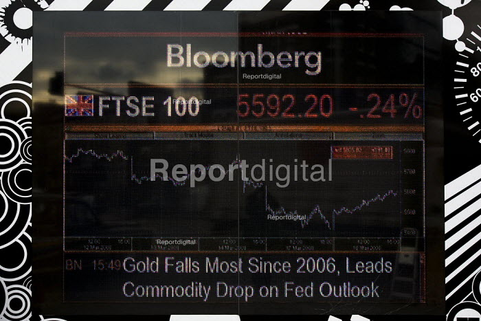 The FTSE 100 Index shows a massive drop. The FTSE is the share index of the 100 most highly capitalised companies listed on the London Stock Exchange, West London - Jess Hurd - 2008-03-19