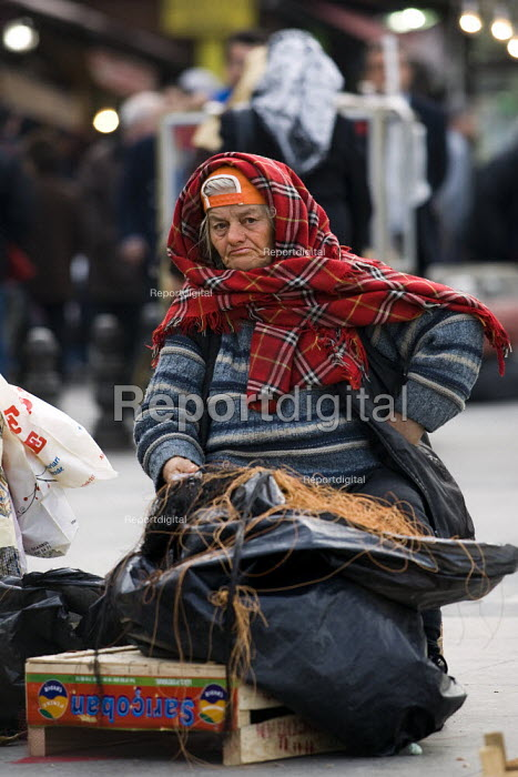 Istanbul, Sultanamet. Turkey. - Jess Hurd - 2008-03-10