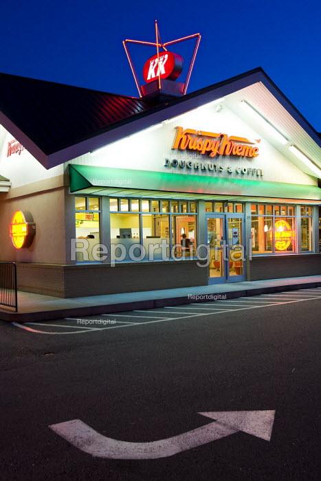 Krispy Kreme Doughnut diner. Atlanta, Georgia, USA. - Jess Hurd - 2008-06-17