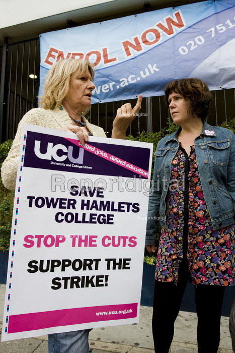 Tower Hamlets College UCU all out indefinite strike against funding cuts which threaten ESOL classes. East London. - Jess Hurd - 2009-08-27