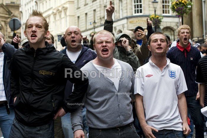 English Defence League march in Birmingham - Jess Hurd - 2009-09-05